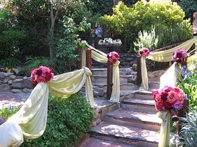 outdoor-wedding-reception-ideas-summer.jpg